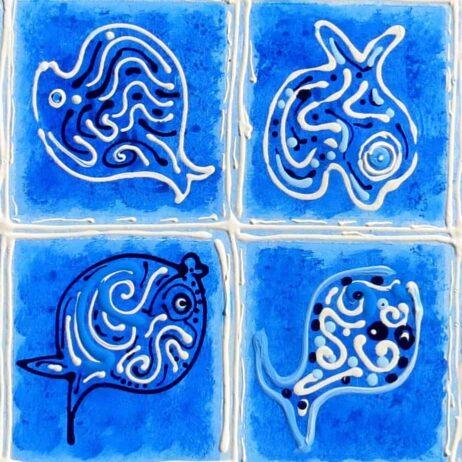 דגים בכחול