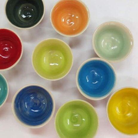 קעריות צבעוניות מקרמיקה
